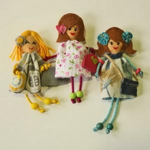 broche muñeca fieltro